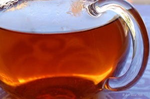 Glass tea ware allows you to watch the colour of your brew change as it strengthens.